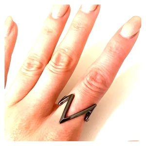 Jewelry - Pulse Ring